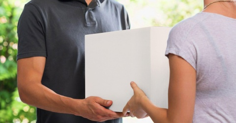 scatole bianche cartone