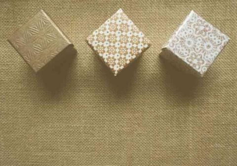 Come pulire scatole di cartone